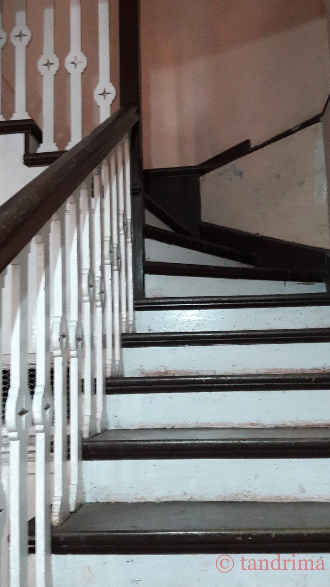 wooden stairs_marked.jpg